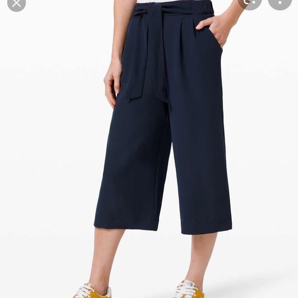Lululemon Noir Navy Pant